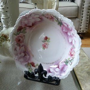 EXQUISITE Vintage LEUTENBERG Germany ROSES Bowl